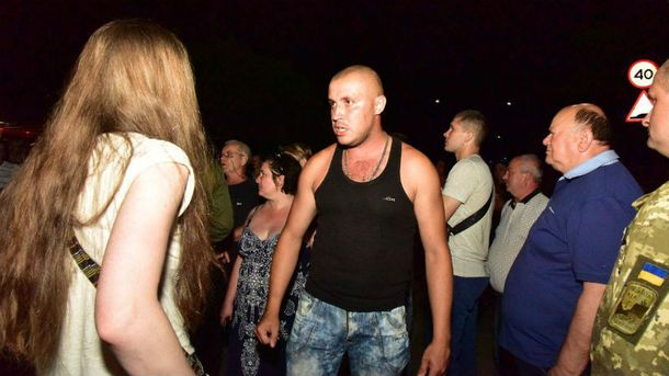 П'яний мітинг в Торецьку
