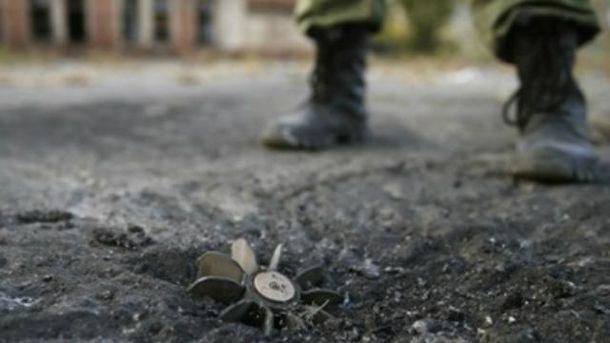 Українські військові підірвались на фугасі