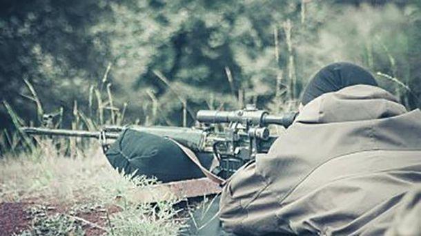 На Светлодарской дуге снайпер убил украинского бойца