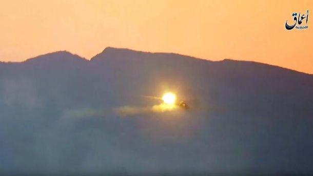 Момент збиття вертольота Мі-25 з російським екіпажем