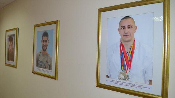 Портреты погибших спортсменов-военных