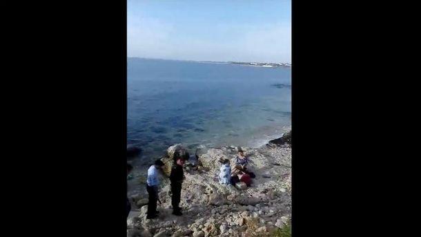 Полицейских не остановили даже дети