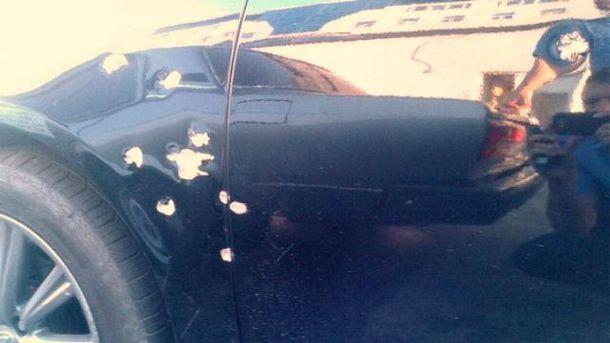 Машину обстреляли из охотничьего ружья