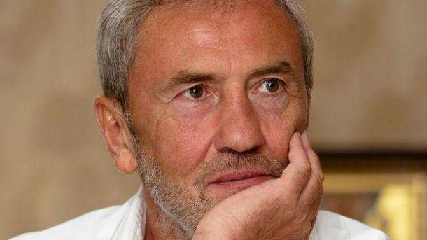 Черновецкий убеждает, его сын сейчас дома