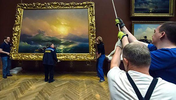 Окупанти спокусилися на картини майстра
