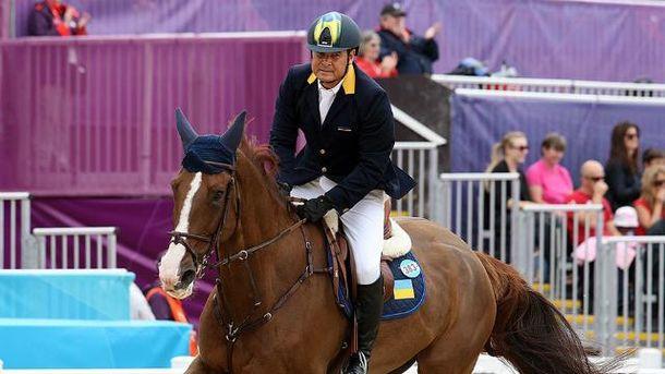 Онищенко до сих пор является президентом Федерации конного спорта Украины