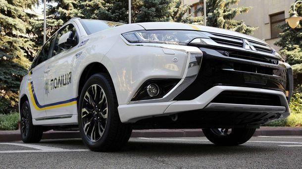 Mitsubishi Outlander PHEV для Национальной полиции Украины