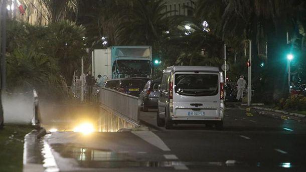 Вантажівка, на якій терорист врізався у натовп
