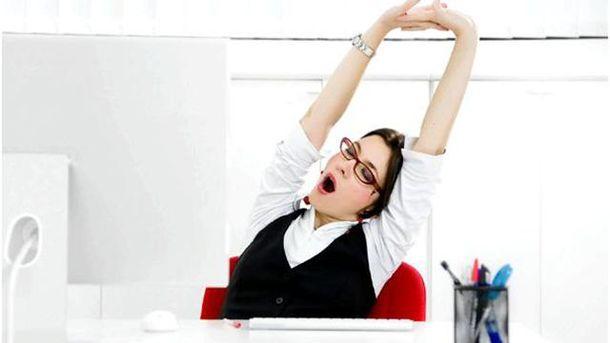 Сонливість на роботі: сім важливих причин