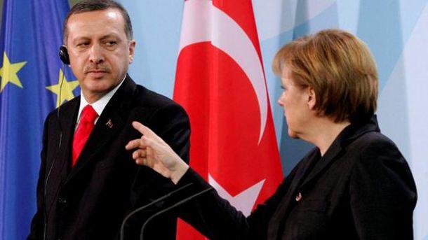 Реджеп Тайип Эрдоган на переговорах с Ангелой Меркель