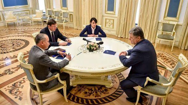 Порошенко провел совещание с силовиками по расследованию убийства Павла Шеремета