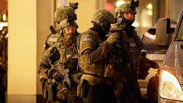 Милиция заявляет о смерти человека, который открыл стрельбу в Мюнхене