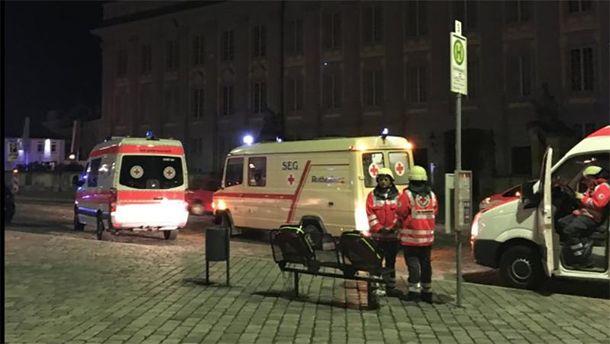 Количество раненых в результате взрыва возросло до 12 человек.