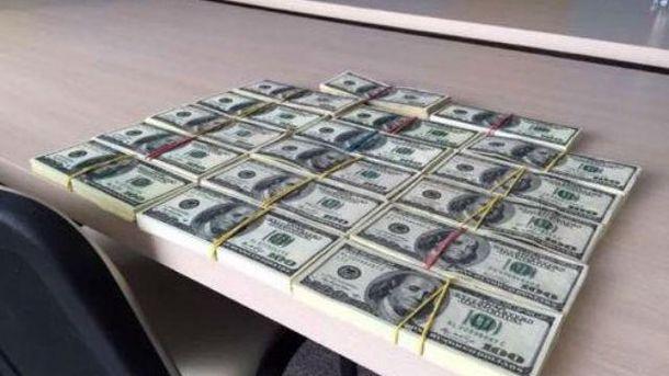 Взяточники должны были получить почти 5 миллионов гривен