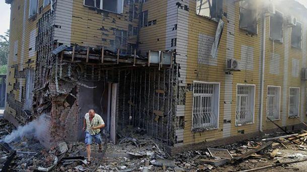 Последствия обстрелов в Донецке (иллюстрация)