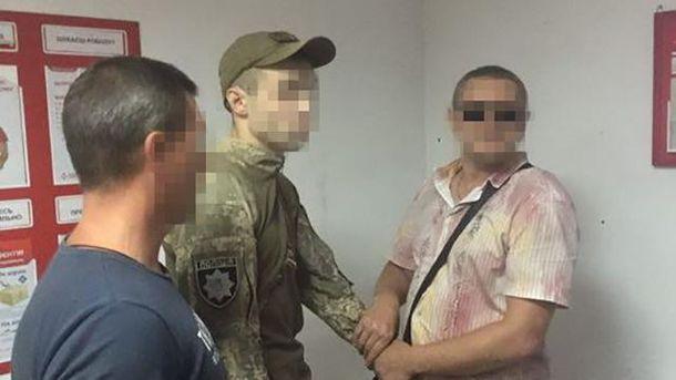 Поліцейського-хабарника з Бахмута затримали