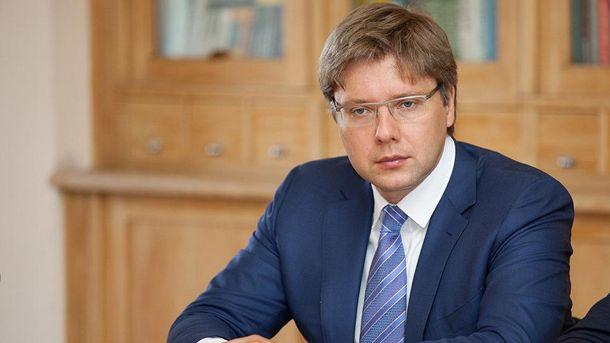 Ніл Ушаков все частіше висловлює проросійські позиції