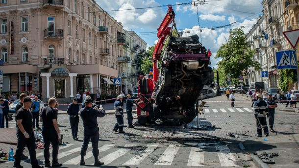 У Києві від вибуху в машині загинув Павло Шеремет