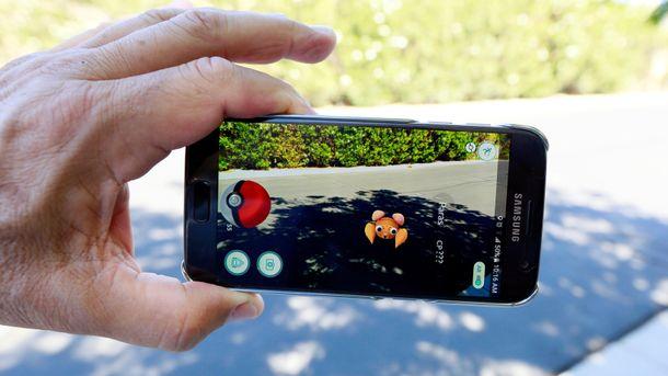 Pokemon Go не теряет популярности