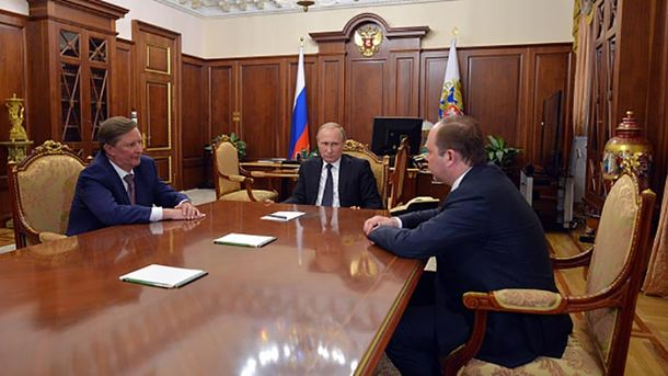 Володимир Путін збирає друзів
