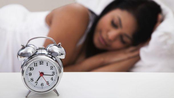 Женщинам нужно больше спать