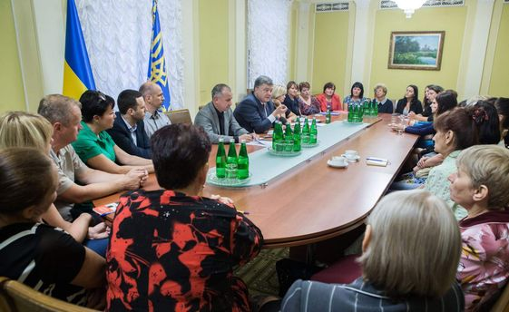 Президент пообещал поспособствовать скорейшему освобождению украинском
