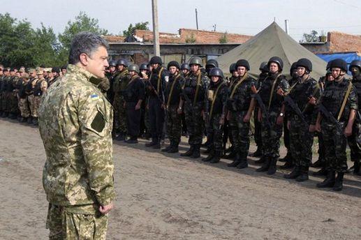 Петро Порошенко зустрівся з бійцями ЗСУ