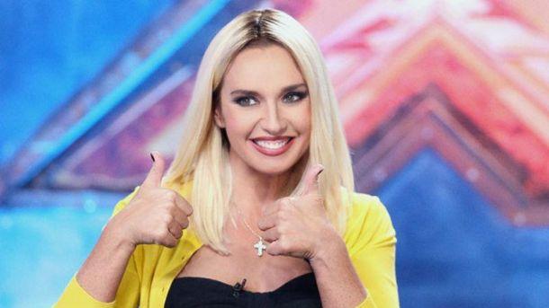 Оксана Марченко появилась с новой прической