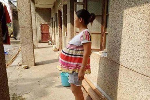 Женщина, беременность которой длится 17 месяцев