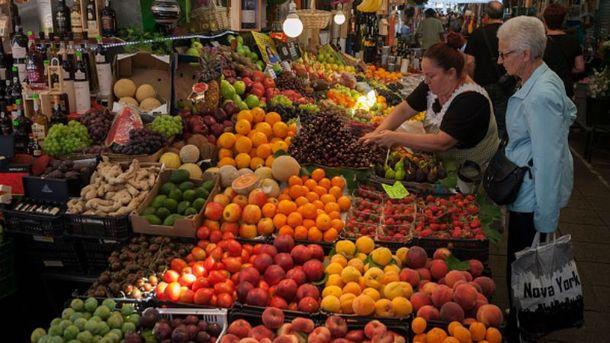 Полезные фрукты и ягоды августа