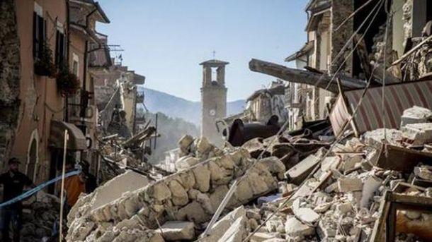 Руїни після землетрусу в Італії
