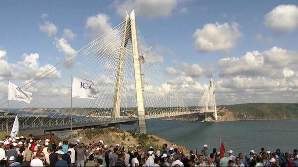 Мост в Стамбуле