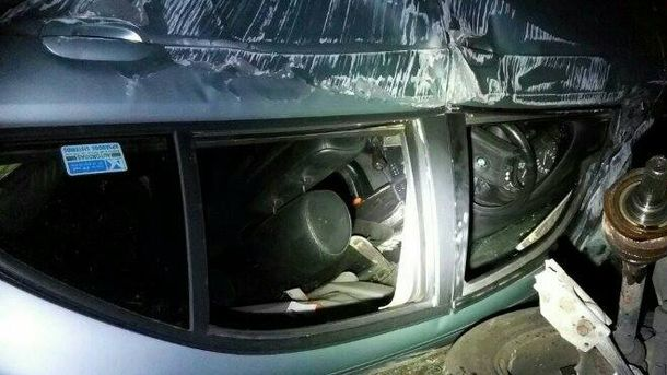 Машина перевернулась на крышу в Киеве