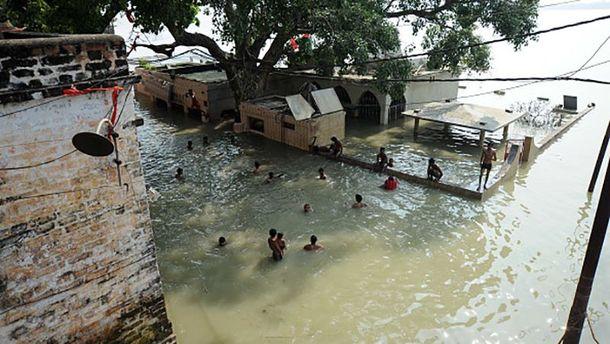 Шокуючий паводок у Індії