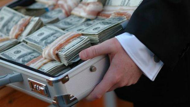 Скільки чиновників сіло за хабарництво?