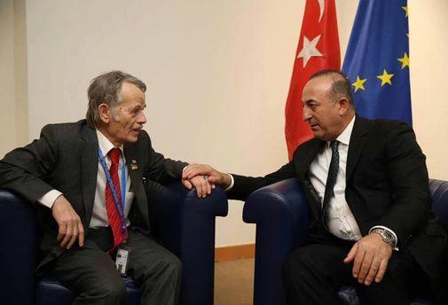 Мустафа Джемилев и Министр иностранных дел Турции Мевлют Чавушоглу