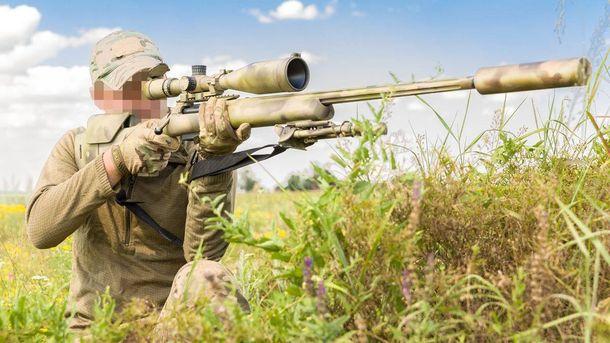 Українські снайпери отримують обладнання за допомогою волонтерів