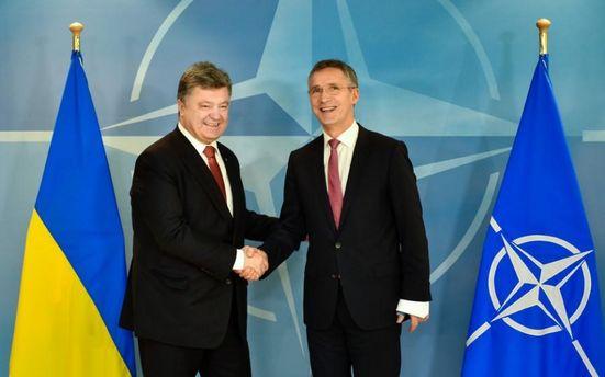 Україна рухається в бік НАТО особливим шляхом