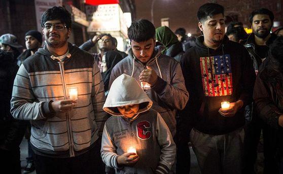 Cмертник скриком «Аллах акбар» подорвался впакистанской мечети