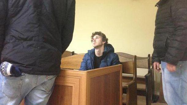 Станіслав Толстошеєв у суді