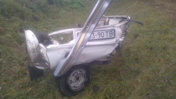 Шматок автівки після аварії