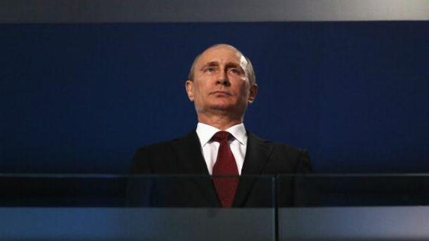 Путин превращается в Гитлера