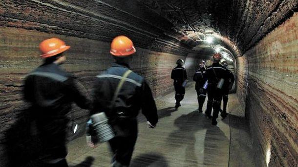 На Донеччині горить шахта