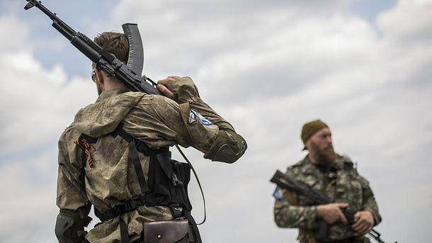 Пророссийские боевики одними из первых были на месте катастрофы и никого туда не допускали