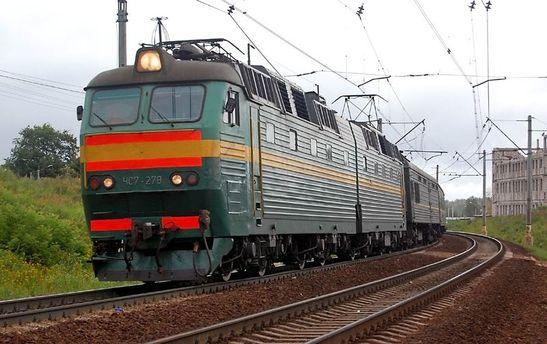 УЛьвівській обл. під колесами вантажного потяга загинув чоловік