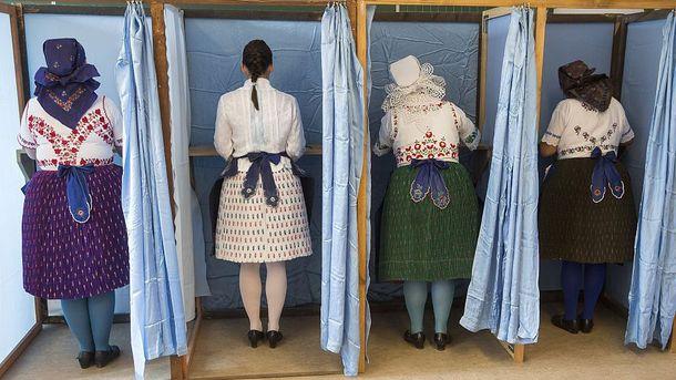 Угорки голосують на референдуі