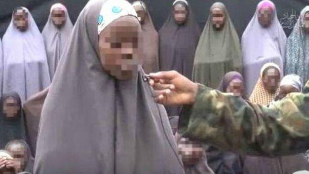 ВНигерии освобождена 21 школьница, около 200 остаются вплену утеррористов
