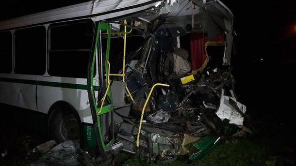 Унаслідок ДТП водій автобуса загинув