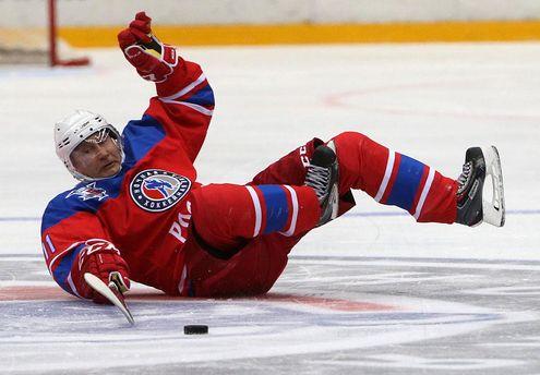 Володимир Путін впав