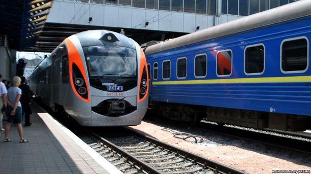Поїзда курсуватимуть в різні куточки України